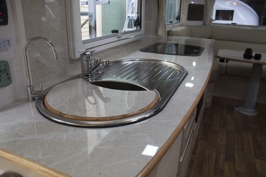 27ft Kitchen