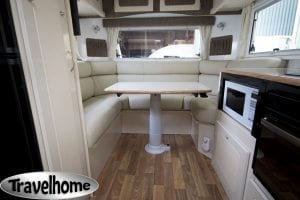 27ft Travelhome Lounge