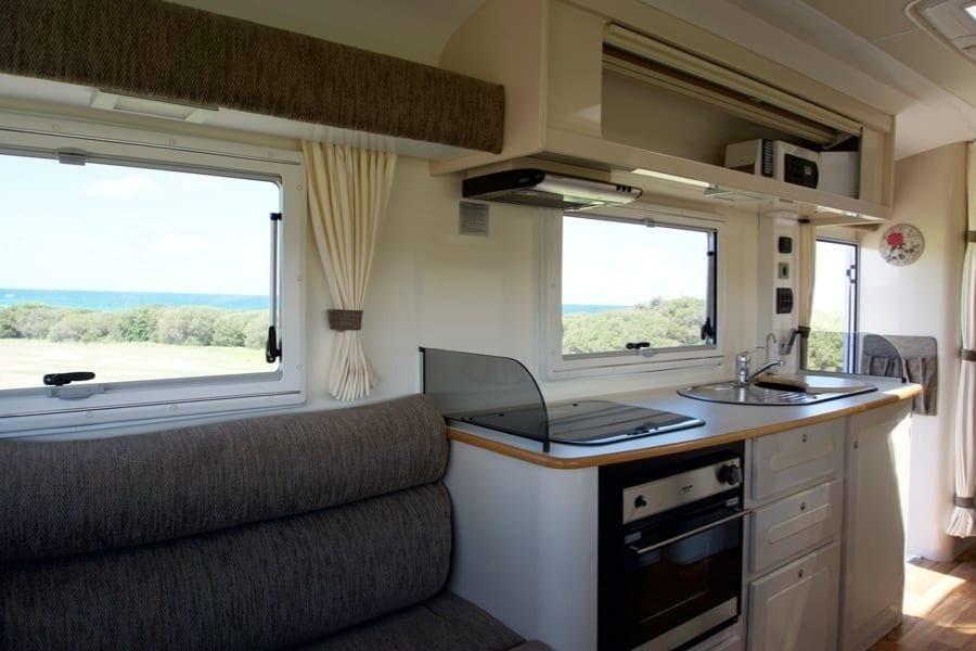 Fifth Wheeler and Caravan Kitchen Lake Macquarie and Newcastle