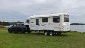 Buy a Fifth Wheeler Caravan