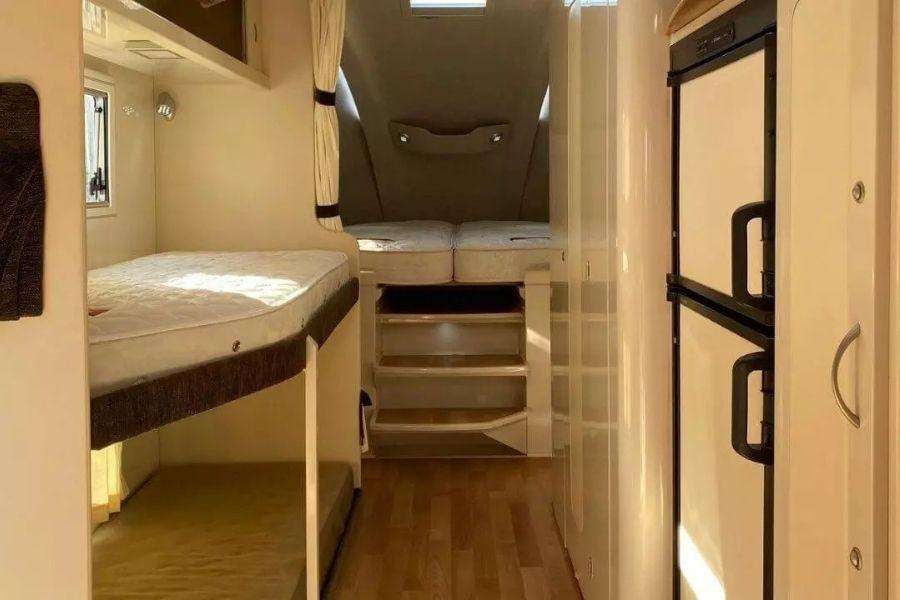 29ft Caravan Fifth Wheeler Bunk Beds
